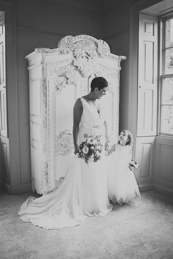 Newton Hall Wedding Photographer 28