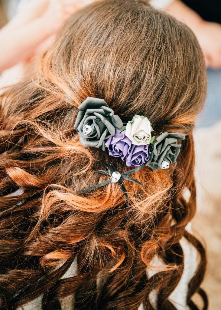 Brides spooky hair clip
